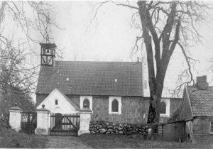 december-2003-17-3-lyngby-kirke-forbedret