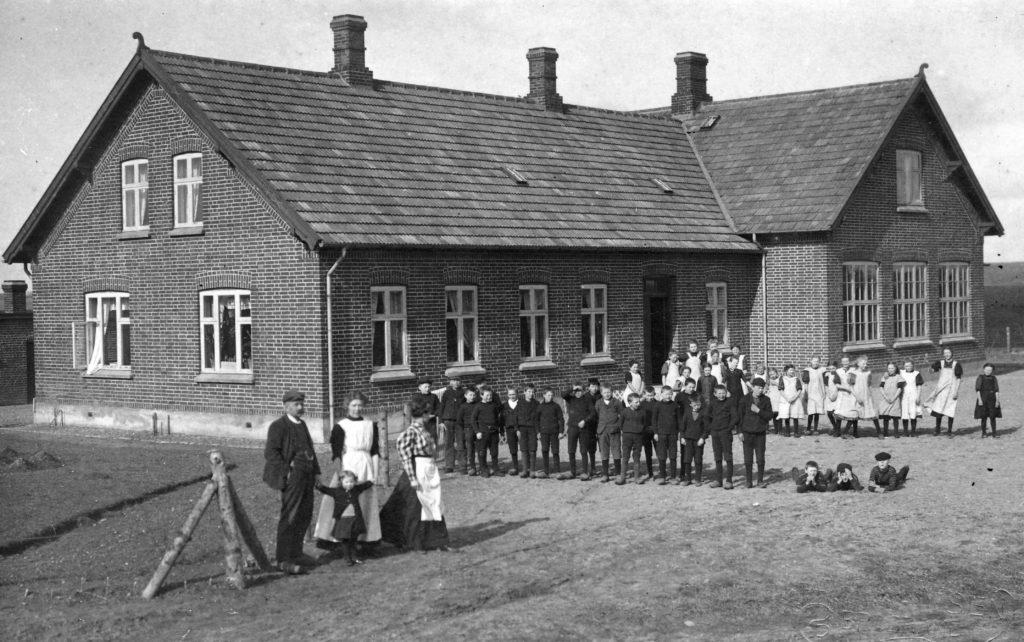 apr-2009-5-5-lyngby-skole